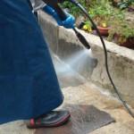 玄関廻りの高圧洗浄をやると、こんなにいいことがあります!