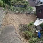 草むしりの続きを北九州市八幡東区にて、夕方からスズメバチ駆除を若松区にて