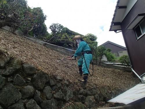 北九州市八幡東区のK様邸、草むしりと樹木剪定の施工がやっと終わりました。