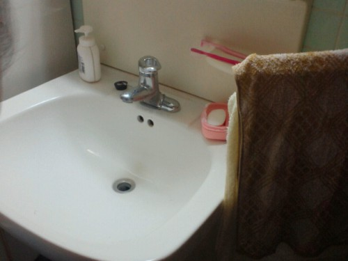 以前取り替えた洗面台の水栓金具が漏れる?