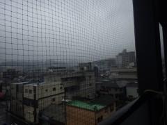 ベランダの鳩ネット(防鳥ネット)の取付を北九州市八幡東区にて